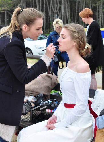 Brautkleid schlicht und elegant in weiß und creme