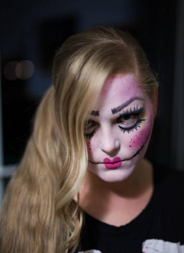 horror puppe make-up makeup